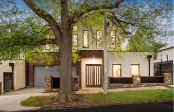 Surrey Hills Townhouse For Sale