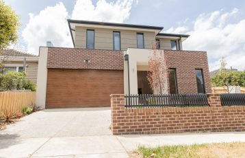 Burwood Townhouse For Sale